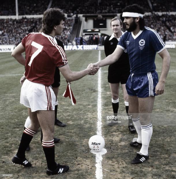 Captain's Bryan Robson and Steve Foster before the 1983 FA Cup final replay (Photo: Bob Thomas / Getty Images)