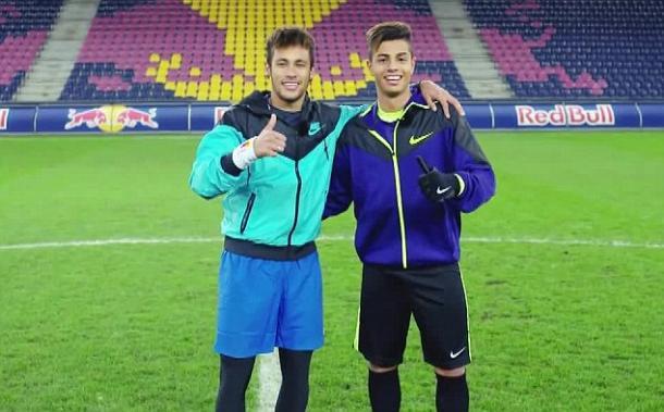 Neymar y Mastour durante un acto publicitario hace cuatro años. / Foto: Gettyimages