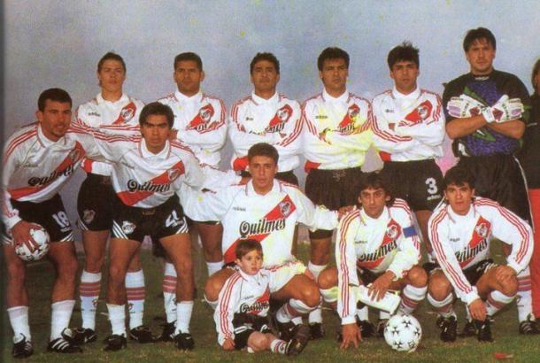 FOTO: El equipo campeón de la segunda Libertadores. 1996.
