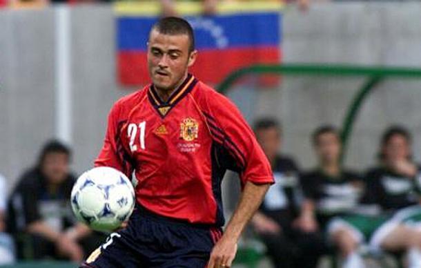 Luis Enrique en su época de jugador con España (juegalaroja.com)