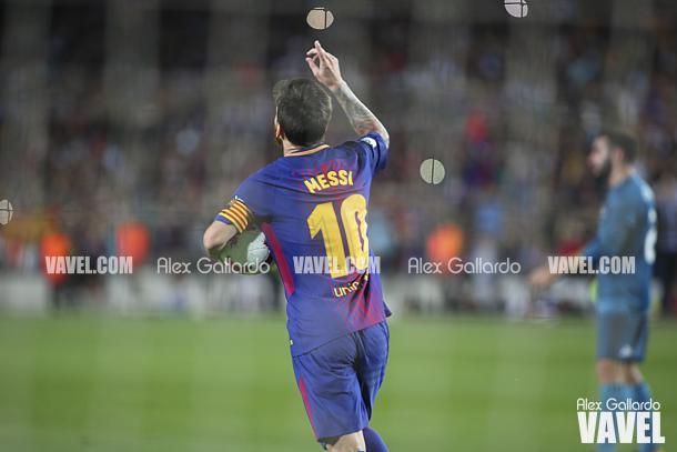 Messi rompió 'el maleficio' ante el eterno rival | Foto: Àlex Gallardo - VAVEL