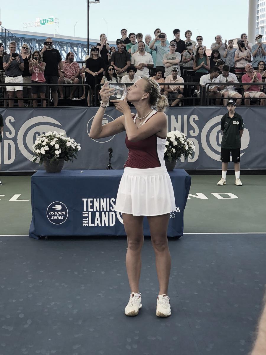 Foto @TennisInTheLand