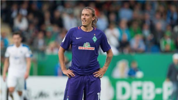 Kruse play a full 90 minutes in Lotte despite his injury.   Photo: Bild/dpa