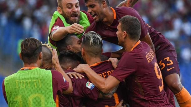 La grande Festa della Roma dopo un gol di Perotti. Fonte foto: corrieredellosport.it