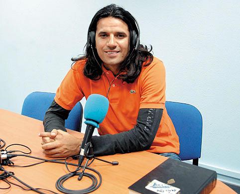 Miguel Ángel, hermano de Juan Carlos, coordina dos programas temáticos en Radio Abrisajac | Foto: La Provincia.