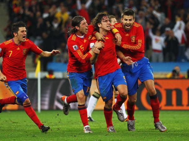 Celebración tras el gol de Puyo frente Alemania (peru,com)