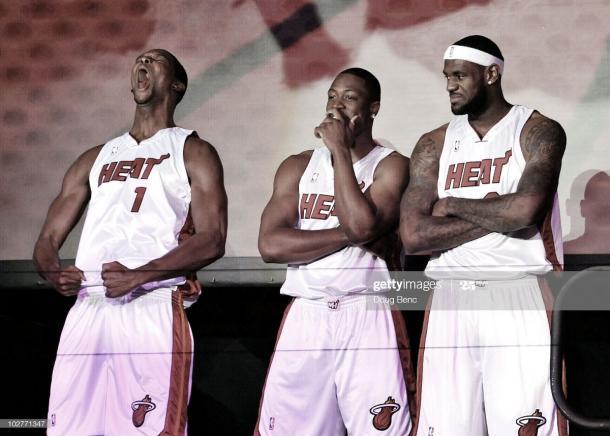 Bosh, Wade y James durante su presentación ante los Heat   Foto: Doug Benc, GettyImages