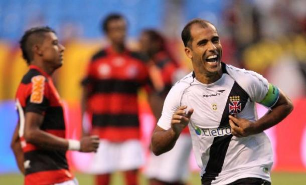 Felipe decidiu o clássico para o Gigante da Colina em 2012 (Foto: Divulgação/Vasco da Gama)