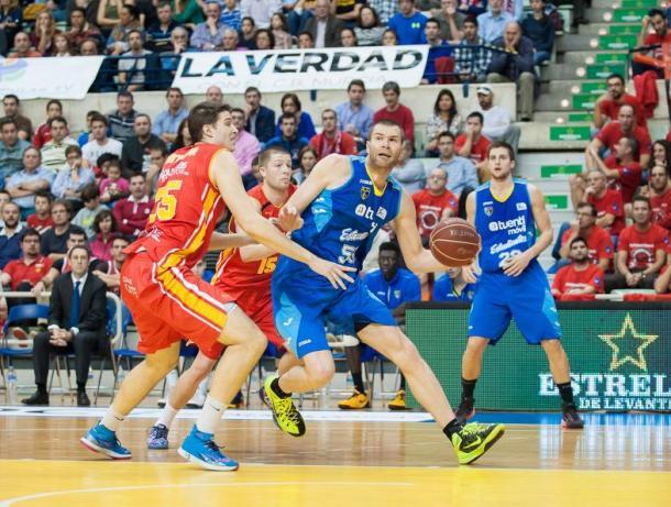 Arteaga y Wood en el partido de la temporada pasada   Foto: UCAM Murcia