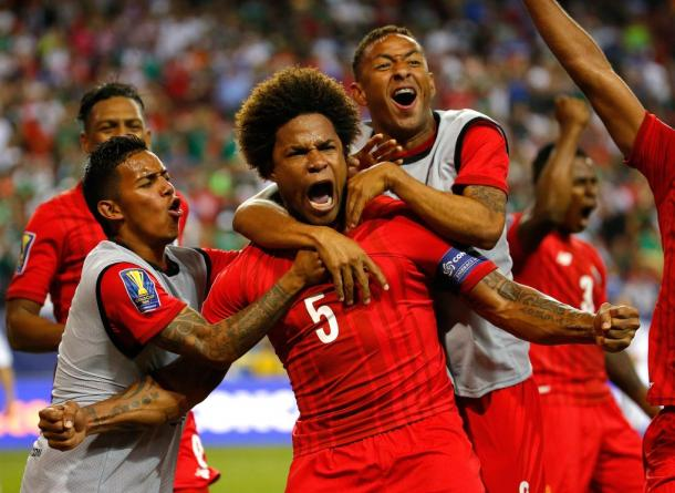Panamanian captain Roman Torres (Center) and the rest of the Los Canaleros will need to keep their passion up but also maintain their composer against the USMNT on Tuesday at home. Photo provided by Kevin C. Cox-Getty Images.
