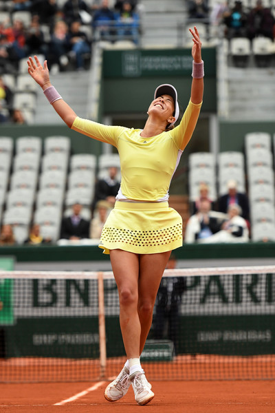 Garbiñe Muguruza celebrates after converting her first match point with a forehand winner down the line, thus defeating Shelby Rogers in straight sets.   Photo: Dennis Grombkowski/Getty Images Europe