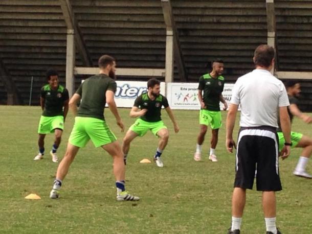 Mais Querido inicia curta preparação para jogo contra Ponte Preta (Foto: Divulgação/Santa Cruz)