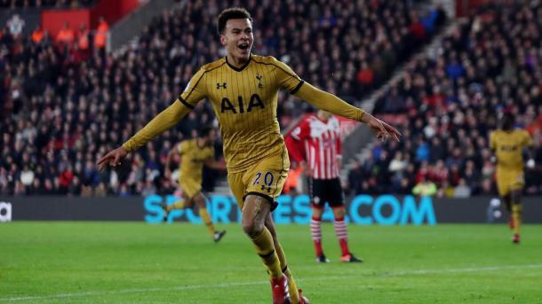 Dele Alli esulta dopo il gol che ha permesso al Tottenham di acciuffare il momentaneo pareggio. Fonte foto: premierleague.com
