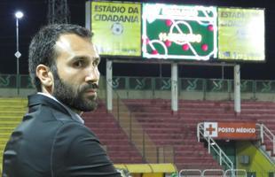 Sérgio Vieira busca a primeira vitória comandando o Coelho (Foto: Carlos Cruz/ América FC)