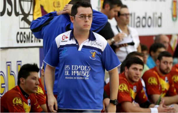 Jacobo Cuétara durante un partido con el Villa de Aranda. Foto:César Minguela