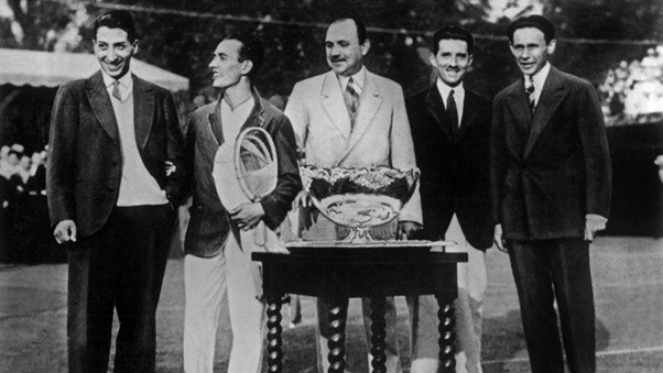 The four Musketeers and their team captain winning the first of their five straight Davis Cup titles (Photo: Rue de Archives)