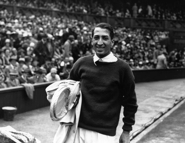 Rene Lacoste after winning the Wimbledon title in 1928 (Photo: Davis/Getty Images)