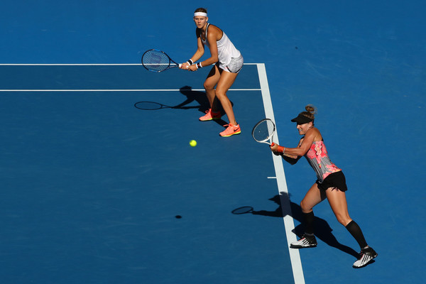 Mattek-Sands and Safarova in action | Photo: Cameron Spencer/Getty Images AsiaPac