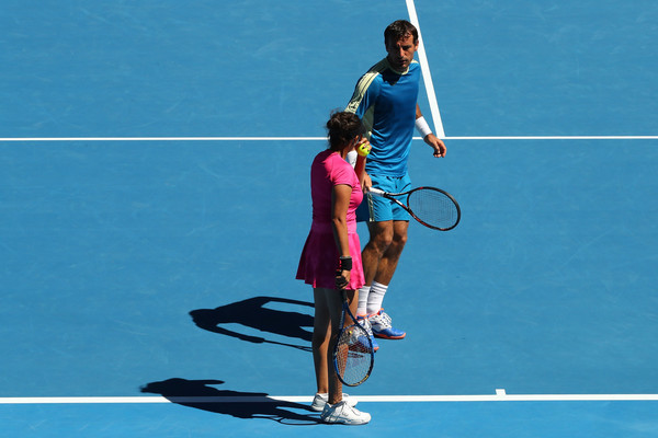 Mirza and Dodig discuss some tactics during the match | Photo: Cameron Spencer/Getty Images AsiaPac