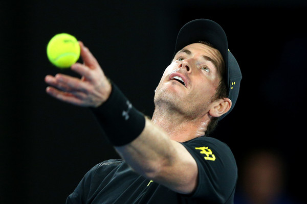 Murray serves to Rublev (Photo by Michael Dodge/Getty Images)