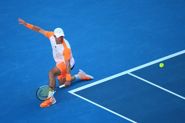 Zverev in action during his fourth round match (Photo by Michael Dodge/Getty Images)