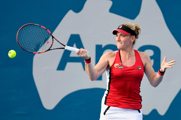 Babos hits a forehand in the match | Photo: Brett Hemmings/Getty Images AsiaPac