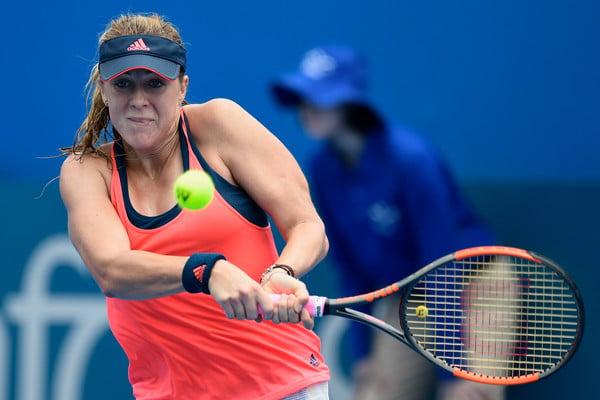 Pavlyuchenkkova broke the duck against Kuznetsova | Photo: Brett Hemmings/Getty Images AsiaPac