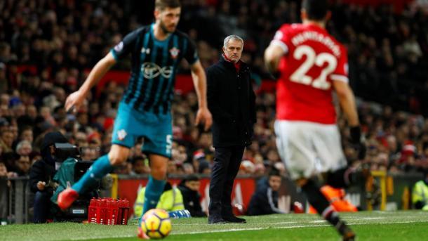 Los de Mou volvieron a empatar y cayeron a la tercera posición   Foto: Premier League.