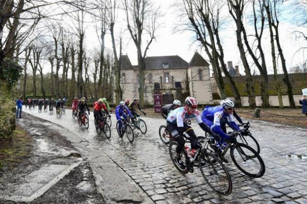 Parigi-Nizza: Bennett vince la terza tappa