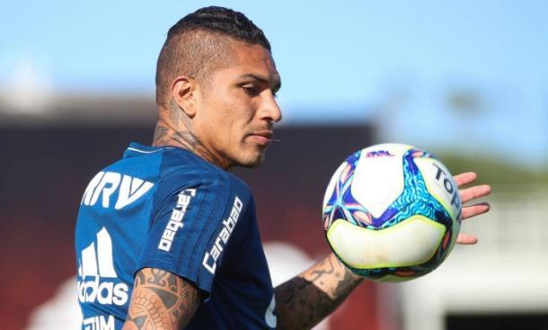 Guerrero está fora da partida de quarta-feira, contra o Botafogo (Foto: Gilvan de Souza/Flamengo)