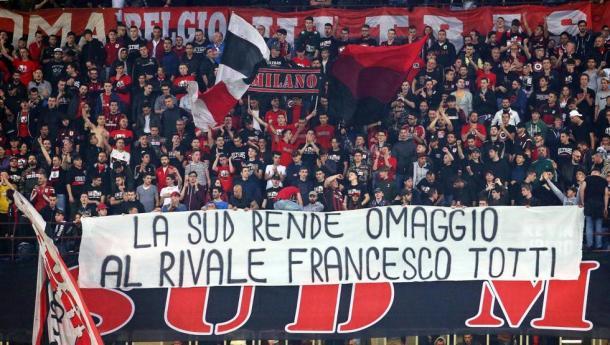 Foto: Mateo Bazzi (EFE) /Hinchas del AC Milan