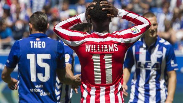 Iñaki Williams se lamenta de una ocasión fallida. Fuente: eitb.eus