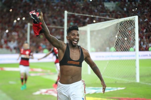 Rodinei marca e carimba título do Flamengo no Carioca (Foto:Gilvan de Souza/Flamengo)