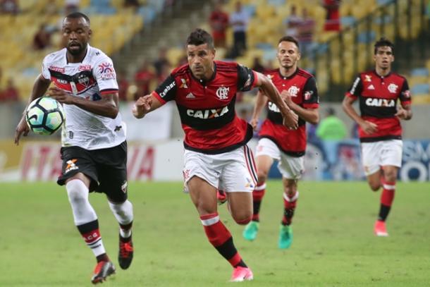 Ederson atuou pouco mais de 20 minutos; jogador se recupera de lesão que o tirou dos gramados por dez meses   Foto: Gilvan de Souza/Flamengo