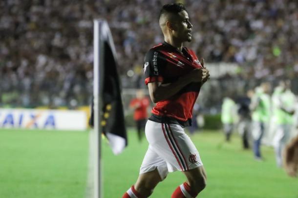 Everton marca e Flamengo quebra tabu em São Januário (Foto: Gilvan de Souza/Flamengo)
