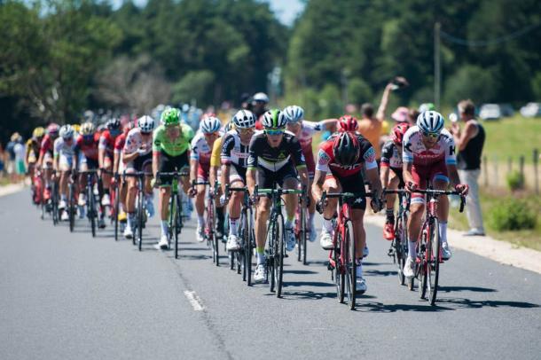 Fuga muy numerosa en el día de hoy | Fotografía: Tour de Francia