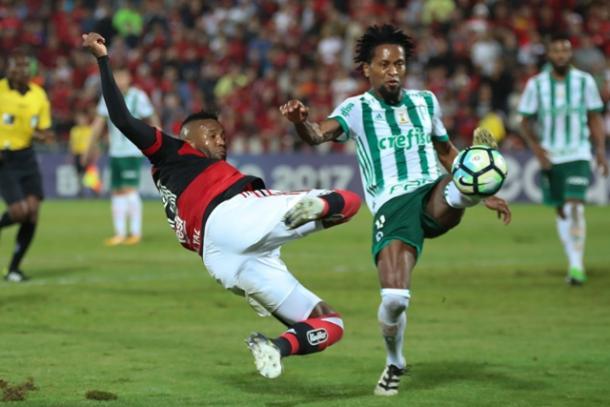 Palmeiras foi mais efetivo e volta para São Paulo com um ponto na bagagem | Foto: Gilvan de Souza/Flamengo