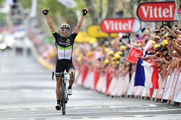 Alegría de Boasson Hagen tras ganar en Salon-de-Provence. | Foto: TDF