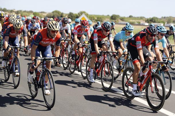El pelotón, a velocidad de cruzero durante toda la etapa   Foto: La Vuelta