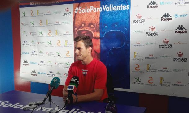 Borja García en la rueda de prensa previa al encuentro. | Foto: Carlos Gómez, VAVEL