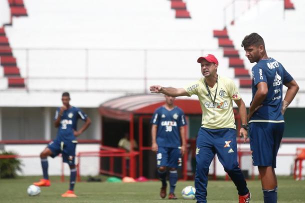 Antes treinador sub-17, Maurício Souza será o comandante rubro-negro na Copinha | Foto: Staff Images/Flamengo