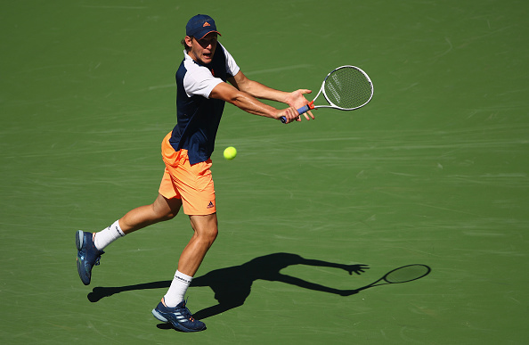 Dominic Thiem gears up to play a backhand shot (Photo: Clive Brunskill/Getty Images)