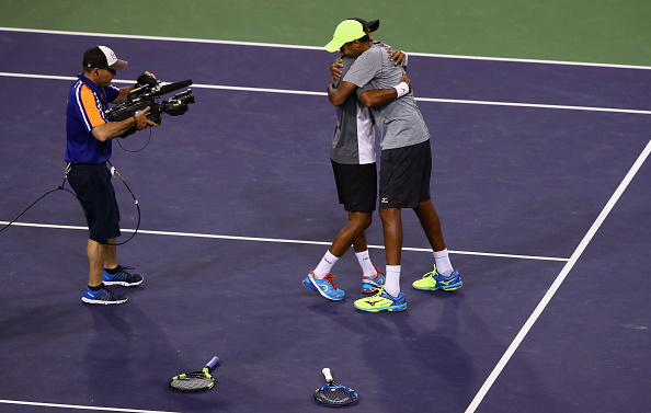 Raven Klaasen and Rajeev Ram celebrate winning the Indian Wells title (Photo: Clive Brunskill/Getty Images)