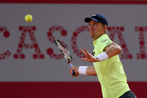 A focused Kevin Anderson gearing up to hit a forehand shot (Photo: Carlos Rodrigues/Getty Images)