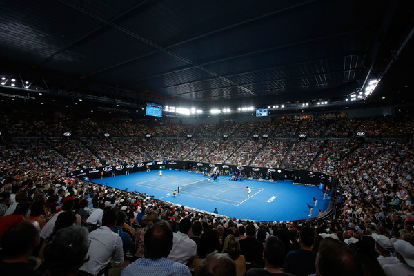 This year's Australian Open men's final was played under the roof at an air-conditioned Rod Laver Arena, a controversial decision given how the tournament had once stated the temperature had to be over 40 degrees Celsius to implement the extreme heat policy. Tennis Australia did stand by their decision, however, saying the significant humidity outside was the main reason behind the decision to close the roof. | Photo: Scott Barbour/Getty Images