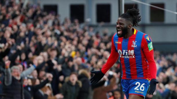 Bakary Sako festeja su gol | Foto: Premier League.