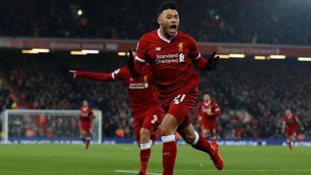 Chamberlain abrió el marcador con un potente disparo | Foto: Premier League.