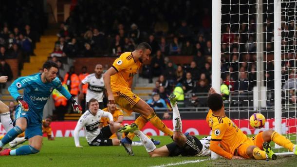 Saiss en el gol del empate. Foto: Premier League.