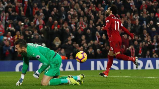 Salah celebrando el 2-0. Foto: Premier League.