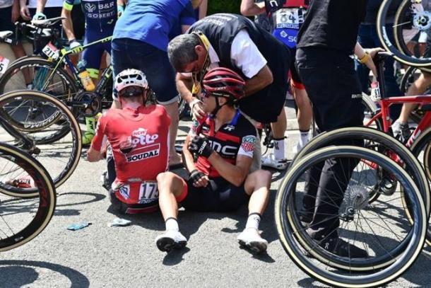 La dura caída que ha causado estragos (fuente ASO/Tour de France)